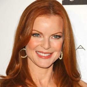Find your best colors #color analysis #tonal color families #Marcia Cross http://www.style-yourself-confident.com/find-your-best-colors.html
