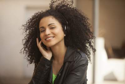 Afro textured hair #afro hair http://www.style-yourself-confident.com/afro-textured-hair.html