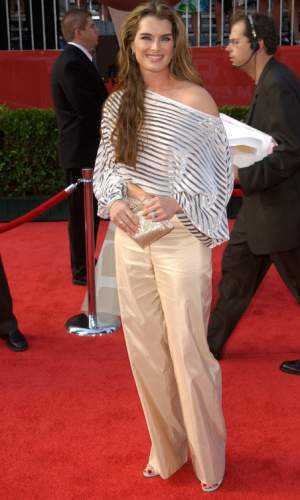 Style advice for tall lady #tall lady #Brooke Shields https://www.style-yourself-confident.com/tall-lady.html