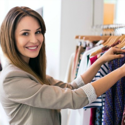 Build a capsule wardrobe #capsulewardrobe #buildcapsule https://www.style-yourself-confident.com/build-a-capsule-work-wardrobe.html